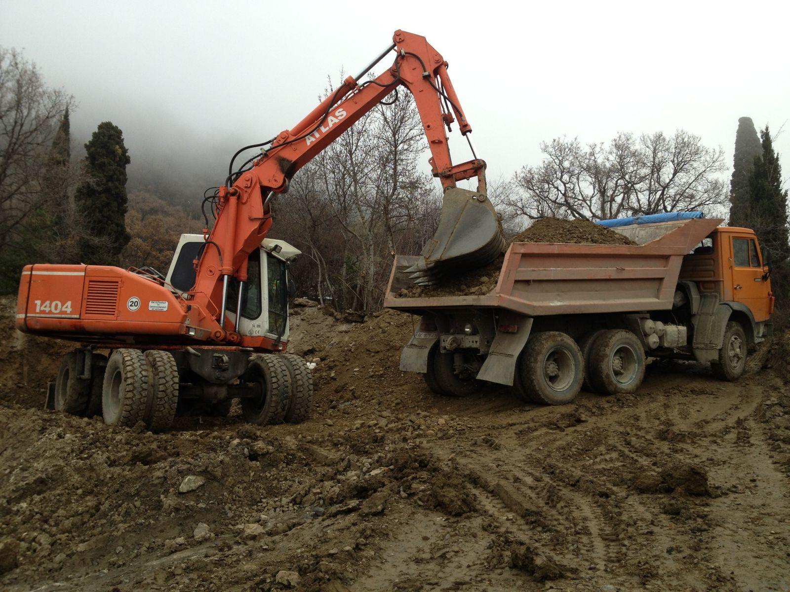Работы по подготовке земельного участка к будущему строительству